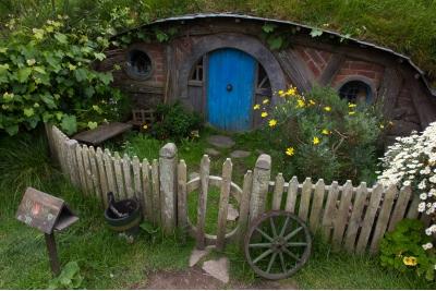 Hobbiton via Rotorua